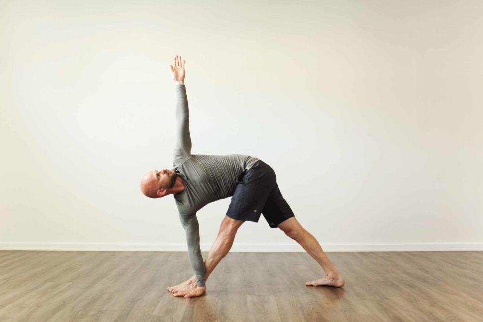 Parivrtta trikonasana ashtanga yoga